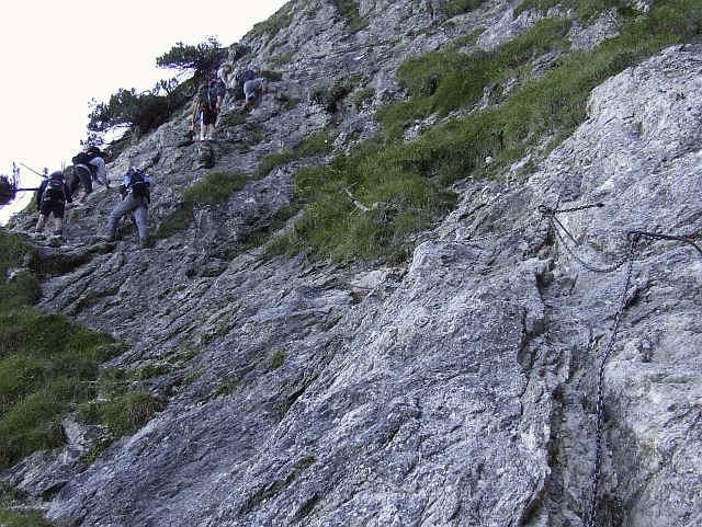 Klettersteig Tegelberg : Gelbe wand leichter klettersteig zum tegelberg